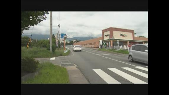 東御市の県道 軽トラックと衝突 オートバイの男性が死亡