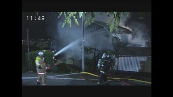長野市 住宅と物置を全焼 2人がやけど